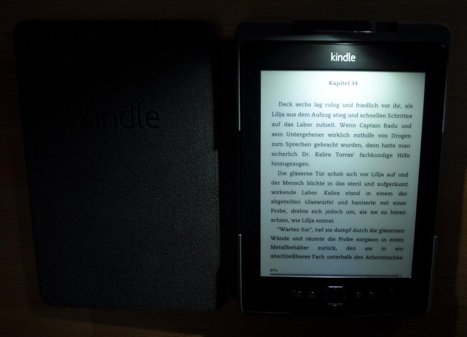 Kindle mit Leselampe